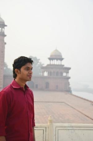 Edwin Vijay Travel Blogger