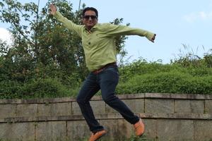 ATUL DOSHI Travel Blogger