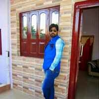Esmail Ansari Travel Blogger