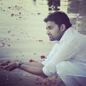 Prathmesh Vijay Thaker Travel Blogger