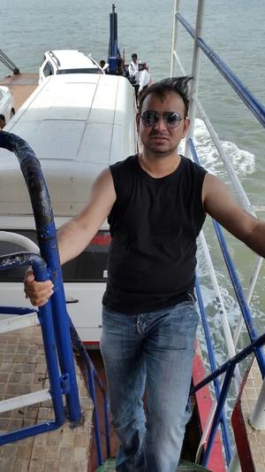 vijay tyagi Travel Blogger