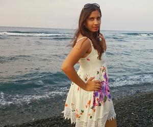 Nafeesa Fatima  Travel Blogger