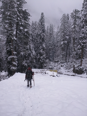 A Winter Trek To Kheerganga