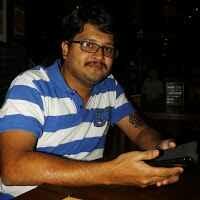 Nikhil Karyekar Travel Blogger