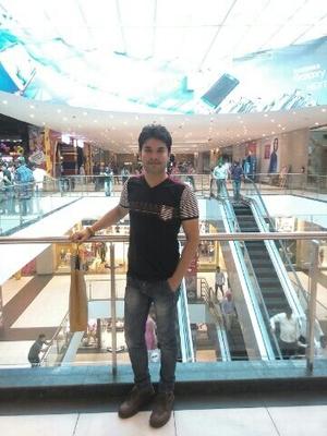 Cuzal Arora Travel Blogger