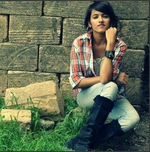 Devyani Eva Travel Blogger