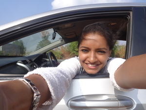 Reshu Travel Blogger