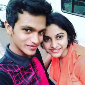 Akshi Kadam Travel Blogger