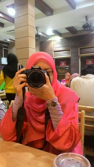 N Syazana Salleh Travel Blogger