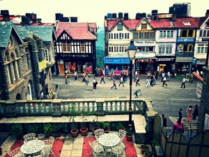 8 Reasons Why Saturday Malling is the Eternal Calling of A Shimlaite