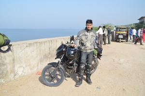 Motorcycle Diaries : A Ride to the Desert, Night Camping & Adventure