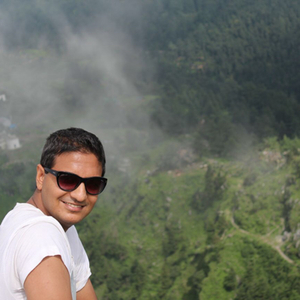 Abhinav Travel Blogger