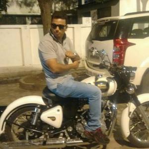 Yash Jaiswal Travel Blogger