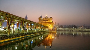 Where Spirituality meets Patriotism : City of Amritsar