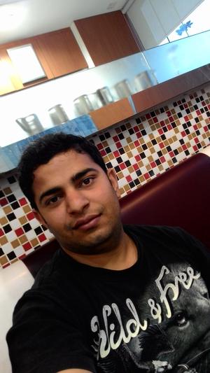 Mayur Madan Travel Blogger