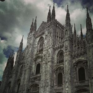 Redefining Luxury : Milan