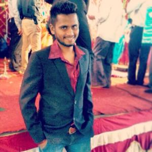 Aakash Chaudhary Travel Blogger