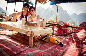 Gina and Daniel Travel Blogger