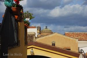 A peek into Palermo