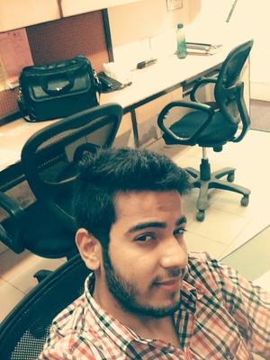 Nikhil Malik Travel Blogger