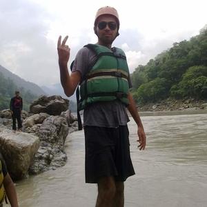 Anuj Tyagi Travel Blogger