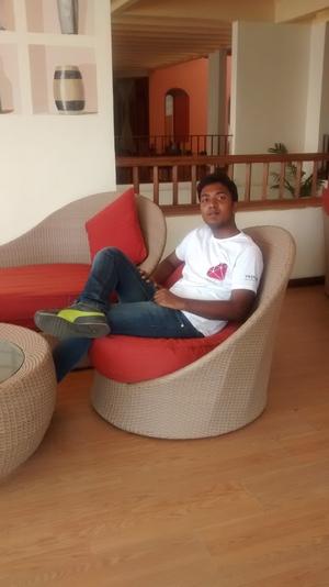 JUNAID HAMZA Travel Blogger