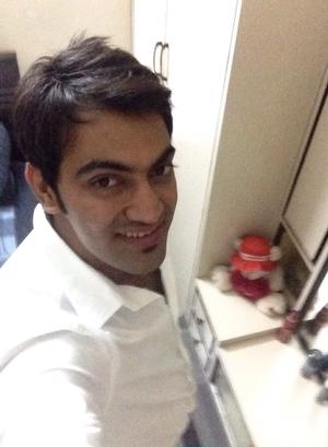 Hussain Lalani Travel Blogger