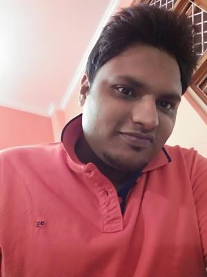 Ayush Agarwal Travel Blogger