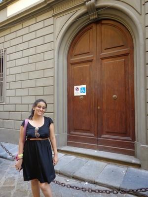 Ishita Travel Blogger