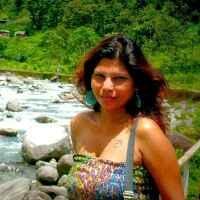 Mona Sen Travel Blogger