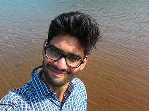 Giriraj Dhamdhere Travel Blogger