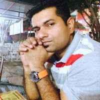 Q Hassan Travel Blogger