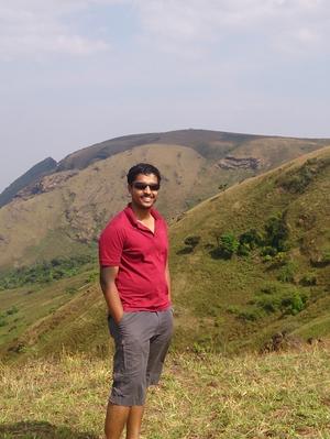 Sengo T P Travel Blogger