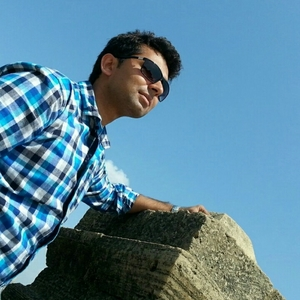 Vatsal Padhiyar Travel Blogger
