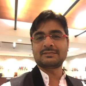 Harmesh Thakker Travel Blogger