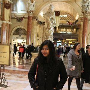 Artika Travel Blogger