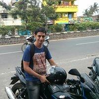 Aseem Mahajan Travel Blogger