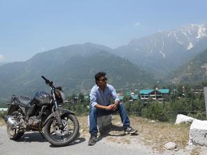 Akshay Oberoi Travel Blogger