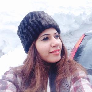 Samridhi Khurana Travel Blogger