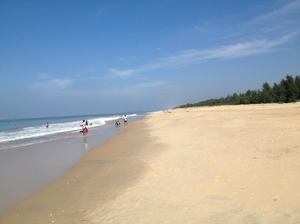 Hike to Apsarakonda Beach