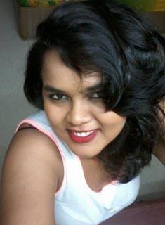 Bhavinee Tee Travel Blogger