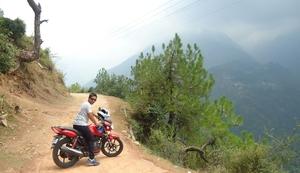 Manglesh Bhalla  Travel Blogger