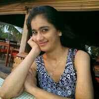 Tina Sheikh Travel Blogger