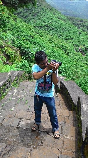 Samyak V.M. Travel Blogger