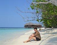 Damini Nenawati Travel Blogger