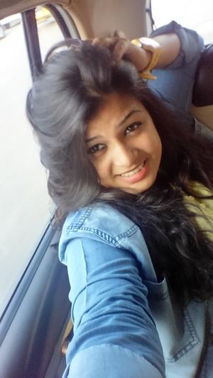 Shraddha Samant Travel Blogger
