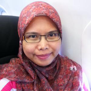 InaHas Lina Travel Blogger