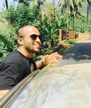 Shamil Shashi Travel Blogger