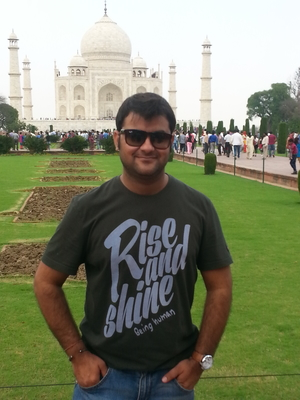 Vikas Parimoo Travel Blogger
