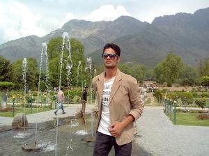Javed khan  Travel Blogger